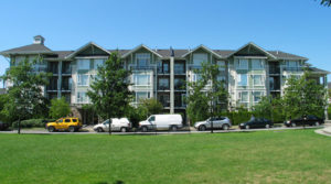 Large 2-Bedroom and Den Apartment In Champlain Village